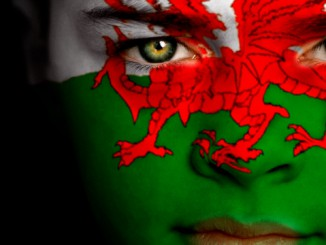 Wales_face_flag_720X360