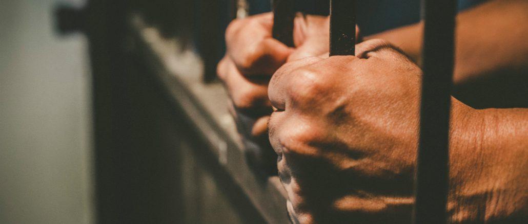 prisons-image