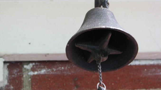 bell-1553118-1280x960